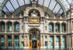 Järnvägsstation i Antwerpen Belgien Royaltyfri Fotografi