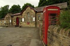 Järnvägsstation i Haworth, UK Royaltyfri Fotografi
