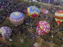 Jätte- ballong i wonosobo royaltyfri bild