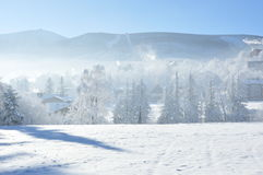 Jätte- berg/Karkonosze, Karpacz vinter Royaltyfri Foto
