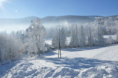 Jätte- berg/Karkonosze, Karpacz vinter Arkivbild