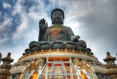 Jätte- Buddha av Hong Kong Royaltyfria Bilder
