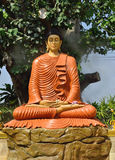 Jätte- Buddhastaty i Thailand Royaltyfri Foto