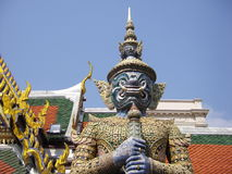 Jätte- demon, Wat Phra Keaw, Bangkok, Thailand Arkivfoton