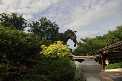 Jätte- elefantstaty Royaltyfri Bild