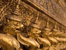 Jätte Garuda på templet av smaragden, Bangkok, Thailand Arkivfoton