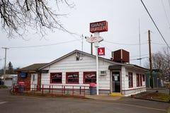 Jätte- hamburgarerestaurang Springfield Oregon arkivbild