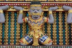 Jätte i tempel Arkivfoto