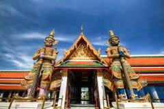 Jätte i Wat Phra Kaew Arkivfoto