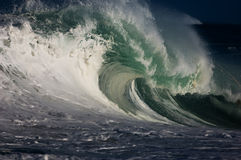 jätte- ihålig wave Arkivfoton
