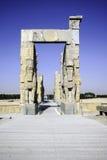 Jätte- lamassustatyer som allra bevakar nationer för port i forntida Persepolis, huvudstad av Achaemenidvälde i Shiraz, Iran Arkivbild