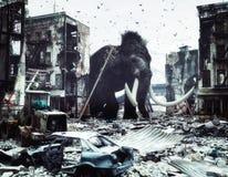 Jätte- mammot i förstörd stad Royaltyfria Bilder