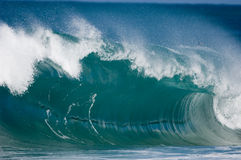 jätte- oahu bränningwaves Royaltyfri Fotografi