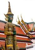 Jätte- skulptur i Wat Phra Kaew Temple Arkivfoton