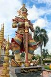 Jätte- staty på THAILÄNDSKA ROYAL PALACE Fotografering för Bildbyråer
