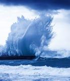 Jätte- vågor Royaltyfri Bild