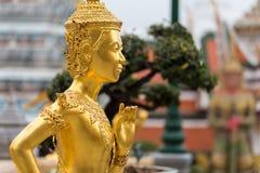 Jätten på Emerald Buddha, Bangkok, Thailand Arkivbild