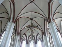 Jésus à l'intérieur d'une église Photographie stock libre de droits