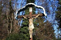 Jésus sur le crucifix Images libres de droits