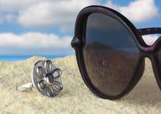 Jóia na praia Imagens de Stock Royalty Free