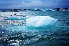 Jökulsárlón isberg Arkivfoton