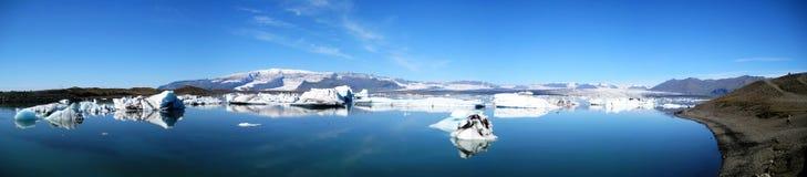 Jökulsárlón ultra wide panorama. Ultra wide panorama of Jökulsárlón glacial lake in southeast Iceland, on the edge of Vatnajökull National Stock Photo