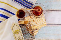 Jüdisches Feiertag hannukah mit dem menorah traditionell Lizenzfreies Stockbild