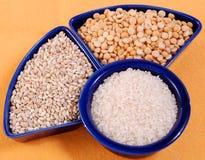 jęczmienni grochu perły ryż fotografia stock