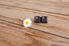 J'a écrit avec des clés de clavier sur le fond en bois Photo stock