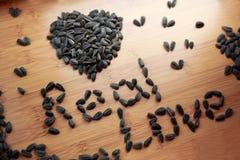 J'aime des graines de tournesol Photo libre de droits