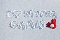 J'aime des jeux d'hiver écrits sur la neige Photographie stock