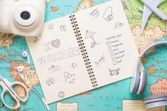J'aime l'été écrit sur le carnet de stylo Concept de vacances de vacances Photos stock
