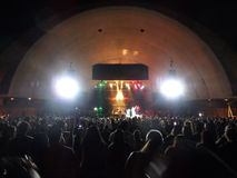 J Boog canta na fase no concerto de MayJah RayJah Imagem de Stock