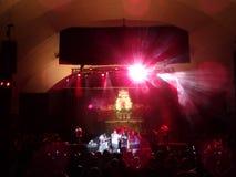 J Boog śpiewa na scenie przy MayJah RayJah koncertem Fotografia Royalty Free
