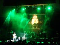 J Boog śpiewa na scenie przy MayJah RayJah koncertem Obraz Royalty Free