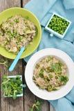 Jęczmienny groats risotto z zielonymi grochami obraz royalty free