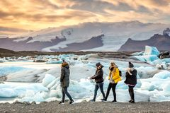 Free Jökulsárlón, Iceland - Nov 1st 2017 - Tourists And Locals Enjoying The Jökulsárlón Iceberg Lagoon With Glacier In The Royalty Free Stock Images - 132969279