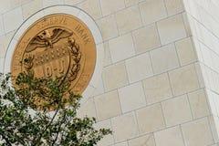 10-J Złocisty symbol przy Stany Zjednoczone Federal Reserve Obraz Stock