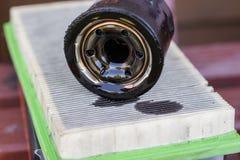 Jałowy powietrze i nafciany filtr dla wewnętrznego spalania silnika Zdrój fotografia royalty free