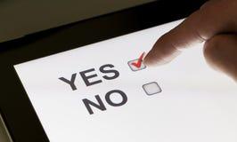 Ja en geen checkboxes op een tablet Royalty-vrije Stock Foto's