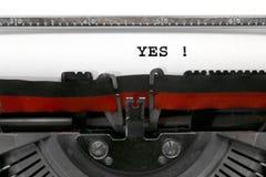 JA geschrieben durch eine alte Schreibmaschine Lizenzfreie Stockfotos