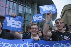 Ja Kampagnenanhänger Scottish Indy-Hinweis Stockbild