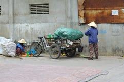 Jałowi zbieracze w Wietnam Fotografia Stock