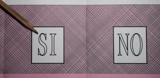 JA wählen am italienischen Referendum Lizenzfreies Stockfoto