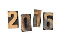 Jaar 2016 geschreven met uitstekende geïsoleerde letterzetselblokken Stock Foto's