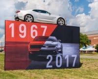 ` 1967-2017: 50 jaar van het tentoongestelde voorwerp van Camaro `, Woodward-Droomcruise, MI Stock Afbeeldingen