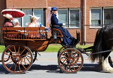 Jaarlijks elke parade van de childsdag in Solleftea-stad in Zweden royalty-vrije stock afbeeldingen