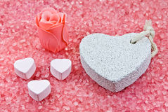 Jabón de Rose, piedra pómez y polvo de baños. Fotos de archivo libres de regalías