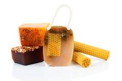 Jabón hecho a mano de la miel Imagenes de archivo