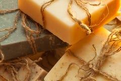 Jabón hecho a mano orgánico Fotos de archivo